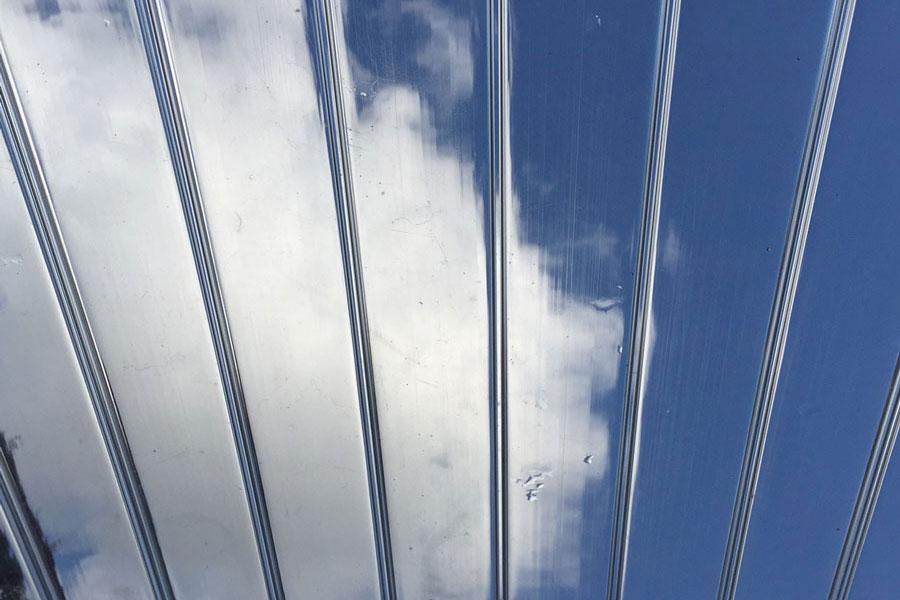 Skaidri akrilo stogo danga